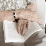 5 Must-Have Items Seniors Should Bring to Their Assisted Living Home 8