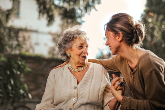 Tips for Moving Seniors From Independence at Home to an Assisted Living Community 1